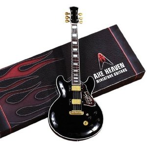 Axe Heaven BK-212 Bb King シグネチャー Model Miniature Guitar Replica|worldmusic
