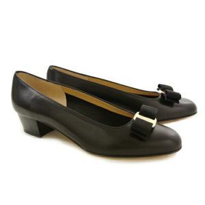 フェラガモ 靴 パンプス FERRAGAMO VARA 05...