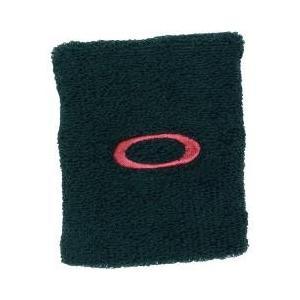 トレーニングだけでなく、様々なスポーツで重宝するロングリストバンド。刺繍されたロゴが個性を演出。長さ...
