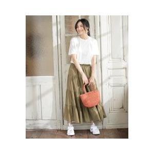 ティアードデザインでフレアに広がるシルエットが大人可愛いロングスカートシンプルなので合わせる小物次第...