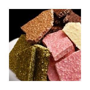 チュベ・ド・ショコラのクランチ割れチョコシリーズ5種を詰めた大容量パックです。