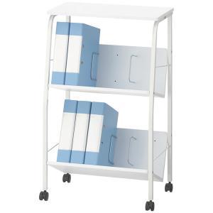 閲覧にも便利な天板付き斜め型ラック。1段あたり20kgまで収納OK。天板と棚板は木製です。ブックエン...