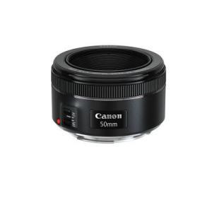 綺麗なボケ味が楽しめる、コンパクトな標準単焦点レンズ キヤノン Canon 交換レンズ EF5018...