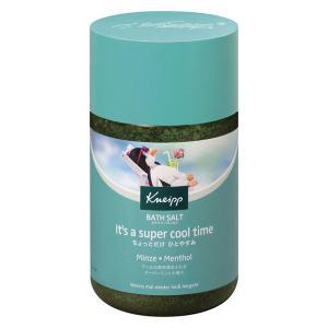 4種のミントの天然成分とメントール配合。爽快感あふれるミントの香りと、スーッとクールな感触で、涼やか...