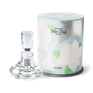 ブルガリアンローズのエッセンスを凝縮した、気品あふれる天然のばらの香水です。エレガントでありながらさ...