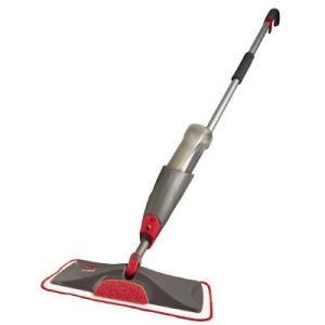 液体の散布ができる床掃除用のモップ。手元のレバーを握るだけで、モップの先端部分から水や液剤が噴霧。か...