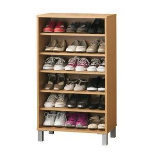 靴は最大18足収納可能。固定棚2枚・可動棚3枚付なので、靴の高さに合わせて棚の位置を変えることができ...