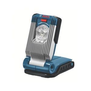 1W LEDを3灯採用で、300ルクスの明るさです。14.4V18V両方対応します。スポットモードと...