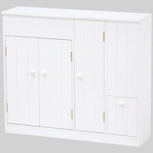 清潔なホワイト色の大容量トイレラック。ペーパーロールやお掃除ブラシなどを清潔スッキリ収納。 清潔なホ...
