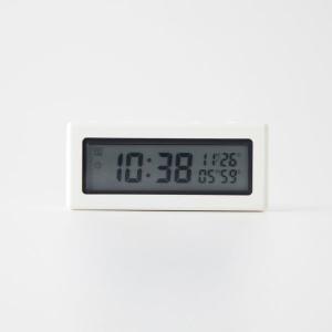冷蔵庫などに貼り付けて使用できる時計です。タイマー、時計、カレンダーの使いたいモードを大きく表示させ...