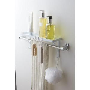 タオルバーに差し込むだけで簡単に設置できるシェルフ。タオル掛けの上のスペースを有効利用置き場所に困る...