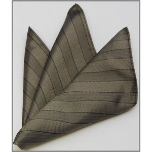 ポケットチーフ 法事用 国産 シルク ストライプ ネクタイとセットにも|y-cravat-ueda