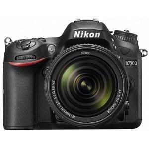 ニコン デジタル一眼レフカメラ D7200 18−140 V...