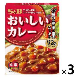 S&B おいしいカレー 中辛 1セット...の関連商品9
