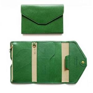 パスポートケース おしゃれ 女性 軽量 パスポートカバー ガイドブック ポーチ 旅行 トラベル 旅行 レザー 革 グリーン phab074 y-mty