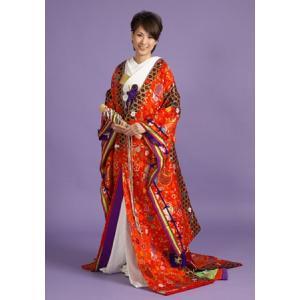 【色打掛レンタル】 花嫁らしい赤地の個性ある色打掛です。 ひおうぎでお姫様気分になれるかも。  色重...