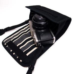 オリンパスペンE-P5 レンズキットを持ち歩くためにぴったりのケースです。   一般的な工業製品と異...