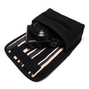 コンパクトなボディによく合う手触りのよいオックス、プリントファブリックを使った専用ケースです。 布製...