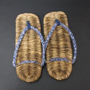 竹皮ぞうり 全長26cm×1.5cm 男性用 国産 日本製 サイズ 25〜26cmの方にオススメです 夏の室内履きに♪竹の皮でつくった草履 わらじ 竹草鞋 楽天店より15%OFF|y-takei