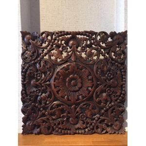 [] 壁掛け 木彫り レリーフ 格安インテリアのカービング壁掛け 中 45cmx45cm 正方形 花039|yakudo-engine