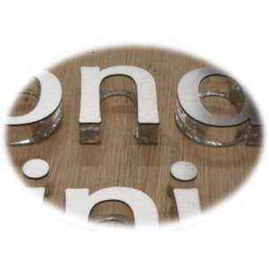 おしゃれな切り文字 書体【Helvetica-Bold】 立体的な切り文字 yamato-design