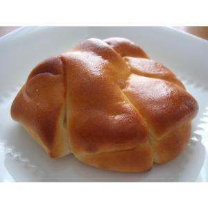 こちらの商品は【冷蔵】発送です。  宮城県白石市産の米粉で作った米粉パンのクリームパンです。  【内...