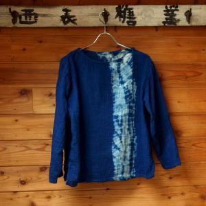 藍染め絞りガーゼブラウス|yatsugatakestyle