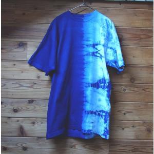 藍染Tシャツ 半分絞り 手染めグラデーション メンズにもレディースにも yatsugatakestyle
