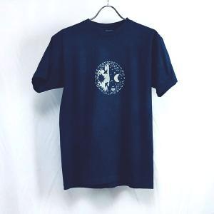 藍染 オリジナル型染 手染 夜と昼のモチーフ メンズ レディース厚地Tシャツ|yatsugatakestyle