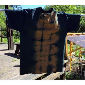 藍と柿渋染のセンター絞りTシャツ |yatsugatakestyle
