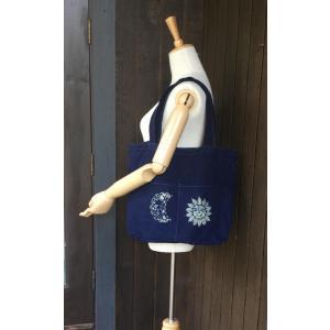 藍染手染め外ポケット付き帆布バッグ・オリジナル型染め・月と太陽|yatsugatakestyle