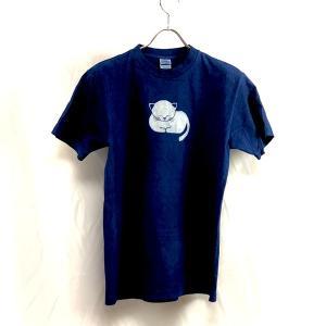 藍染 型染 手染め・オリジナル白い眠り猫のTシャツ メンズ・レディースどちらでも|yatsugatakestyle