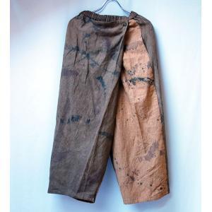 柿渋とべんがらと墨染め手染め、飾り布が個性的なワイドパンツ|yatsugatakestyle