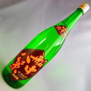 四国高知の超辛口純米酒。 超辛口でありながら滑らかに味わいふくらむ、辛口の王道を歩む純米酒。超辛口で...