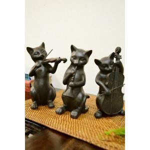 ブロンズ調に仕上がられたネコちゃんのオブジェ♪  それぞれに楽器を楽しそうに演奏してます♪  少し大...