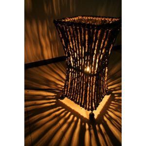 間接照明 スタンドライト ♪【12月上旬入荷予定】ココナツ木のランプ(S)♪ アジアン照明 バリ おしゃれ フロアスタンド エスニック クリスマス プレゼント|yayapapus-y