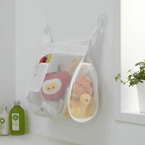 ■お風呂のおもちゃをスッキリお片付け! お風呂のおもちゃを収納するメッシュ素材の浴室収納。 おもちゃ...