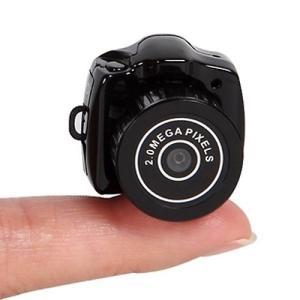 送料無料 超小型カメラ 超小型ビデオカメラ ミニカメラ 軽量 高性能 一眼レフ型 600万画素 日本語説明書付 Y2000