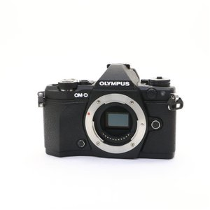 《美品》OLYMPUS OM-D E-M5 Mark II ボディ|ymapcamera