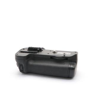 《美品》Nikon マルチパワーバッテリーパック MB-D11|ymapcamera