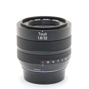 《良品》Carl Zeiss Touit 32mm F1.8(フジフイルムX用) ymapcamera