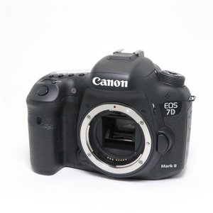 《良品》Canon EOS 7D Mark II ボディ