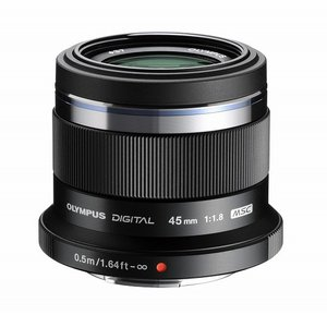 《新品》 OLYMPUS(オリンパス) M.ZUIKO DIGITAL 45mm F1.8 ブラック(マイクロフォーサーズ)〔レンズフード別売〕|ymapcamera