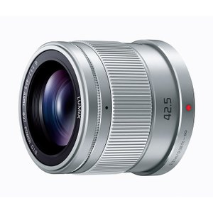 《新品》 Panasonic (パナソニック) LUMIX G 42.5mm F1.7 ASPH. POWER O.I.S. シルバー|ymapcamera