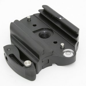 《新品アクセサリー》 ARCA SWISS フリップロックベース 60mm 3/8 ネジ止め|ymapcamera