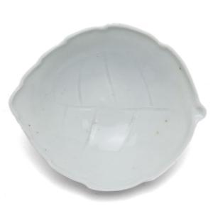 白磁:白磁手塩木葉皿・杉本太郎《豆鉢・10.0cm》|yobi