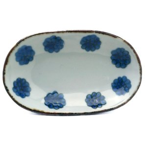 染付:染付花並べ楕円小皿・樋山真弓《小皿・13.8cm》|yobi