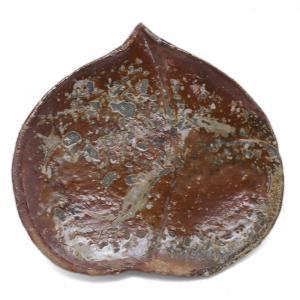 伊賀焼:伊賀皿・桃・辻村塊《中皿・17.0cm》|yobi