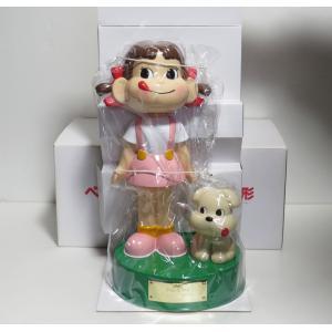 不二家 「ペコちゃん&ドッグ」人形懸賞当選品 ドッグのしっぽはバネで動きます。 人形は新品ですが、箱...
