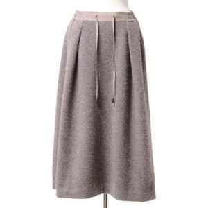 スタジオヨコからウエストゴム紐付きのほっこりとしたロングスカート。ベージュカラー。柔らかいウール素材...